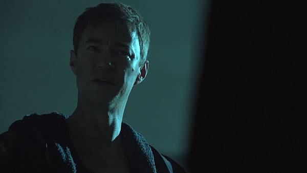 Dominion.S02E12.Day.Of.Wrath.1080p.WEB-DL.DD5.1.H.264-ECI.mkv_20151010_230126.813.jpg