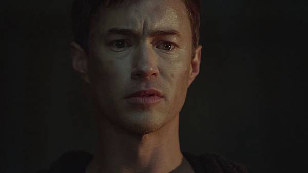 Dominion.S02E12.Day.Of.Wrath.1080p.WEB-DL.DD5.1.H.264-ECI.mkv_20151010_230015.545.jpg