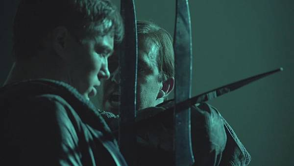 Dominion.S02E12.Day.Of.Wrath.1080p.WEB-DL.DD5.1.H.264-ECI.mkv_20151010_232301.776.jpg