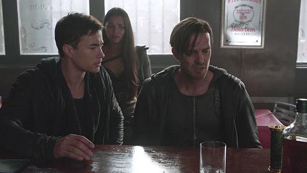 Dominion.S02E12.Day.Of.Wrath.1080p.WEB-DL.DD5.1.H.264-ECI.mkv_20151010_233744.227.jpg