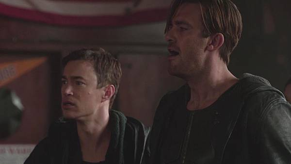 Dominion.S02E12.Day.Of.Wrath.1080p.WEB-DL.DD5.1.H.264-ECI.mkv_20151011_000447.831.jpg