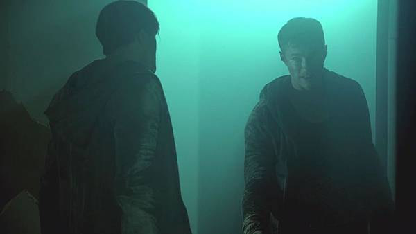 Dominion.S02E12.Day.Of.Wrath.1080p.WEB-DL.DD5.1.H.264-ECI.mkv_20151011_000633.052.jpg
