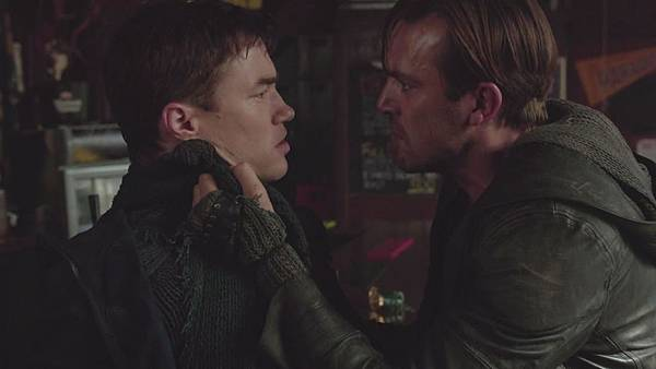 Dominion.S02E12.Day.Of.Wrath.1080p.WEB-DL.DD5.1.H.264-ECI.mkv_20151011_005835.661.jpg
