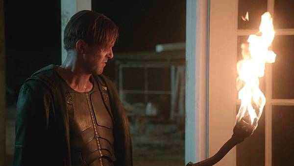 Dominion.S02E13.1080p.WEB-DL.DD5.1.H.264-ECI.mkv_20151011_190137.965.jpg
