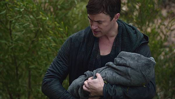 Dominion.S02E13.1080p.WEB-DL.DD5.1.H.264-ECI.mkv_20151011_190952.738.jpg
