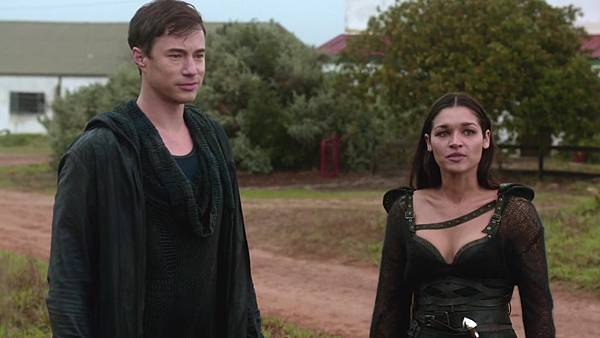 Dominion.S02E13.1080p.WEB-DL.DD5.1.H.264-ECI.mkv_20151011_194451.592.jpg