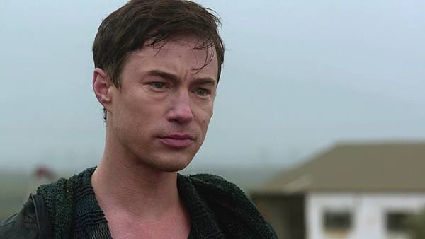 Dominion.S02E13.1080p.WEB-DL.DD5.1.H.264-ECI.mkv_20151011_194520.966.jpg