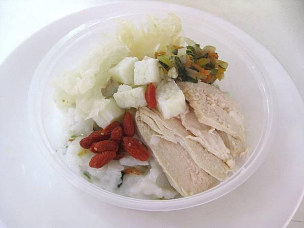 百合銀耳雞肉粥3.JPG