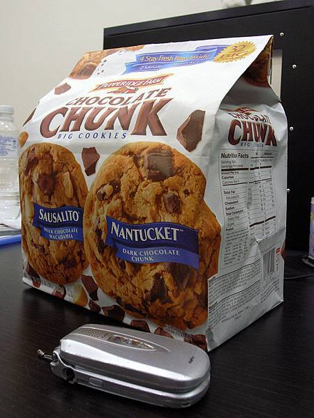 老媽在COSTCO買的餅乾