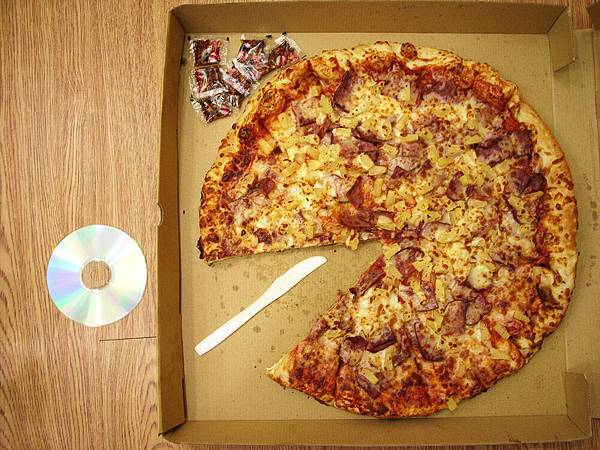 COSTCO fullsize pizza 夏威夷口味(2)
