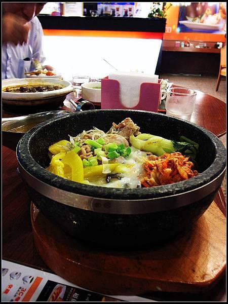 01 - 咖哩石鍋拌飯
