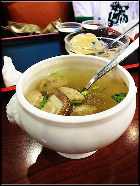 06 - 副餐 - 香菇貢丸湯