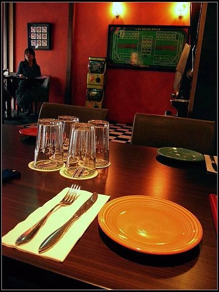 02 - 餐桌擺設
