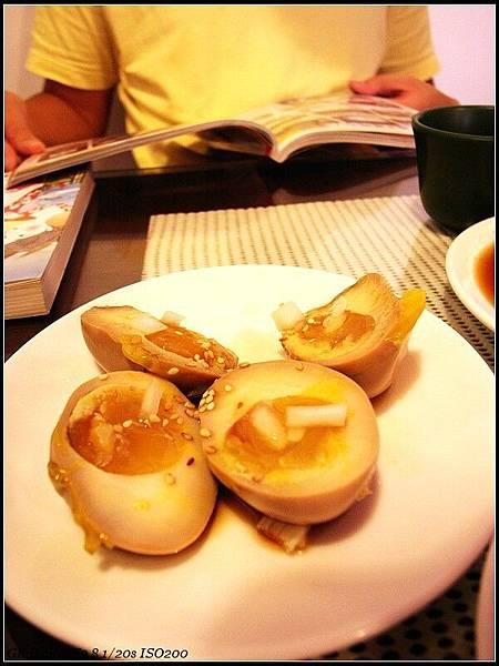 0725_1_風風亭拉麵-小菜黃金蛋