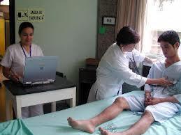 西班牙瓜達拉馬醫院,由院方提供靈氣訓練課程,並由護理人員實際運用在患者身上
