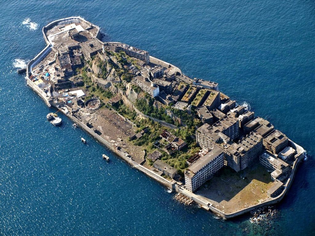 Battle-Ship_Island_Nagasaki_Japan
