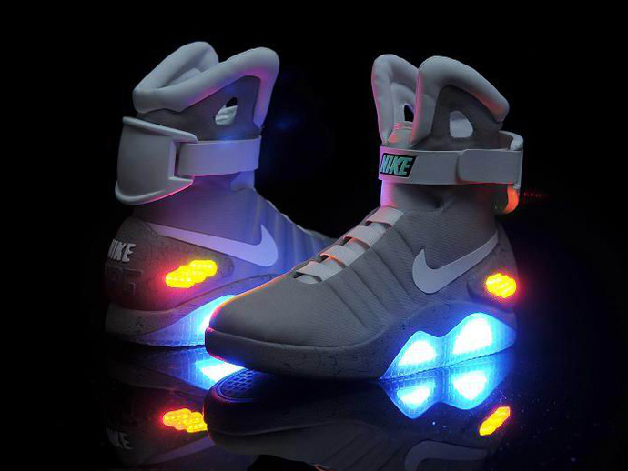 nike-mag-shoes-from-back-to-the-future-ii-marty-mcfly-1851-8