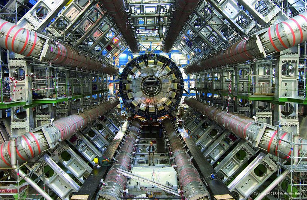 semiconductors-circuits_lhc_courtesy-of-atlas