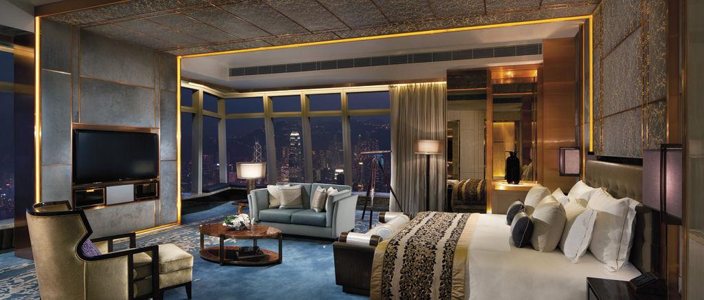 Ritz_HongKong_00069_1220x520