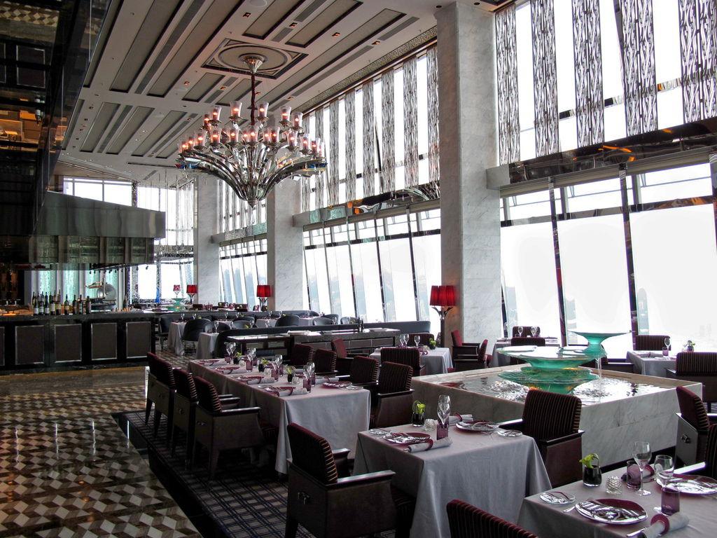 The_Ritz-Carlton_Hong_Kong_Tosca