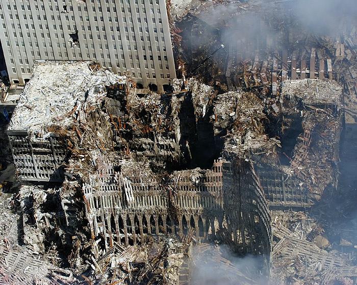 Ground-Zero-NYC-September-17-2001_LG