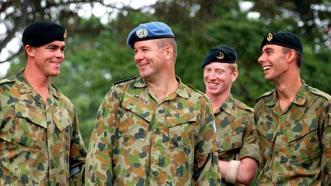937271-army-berets