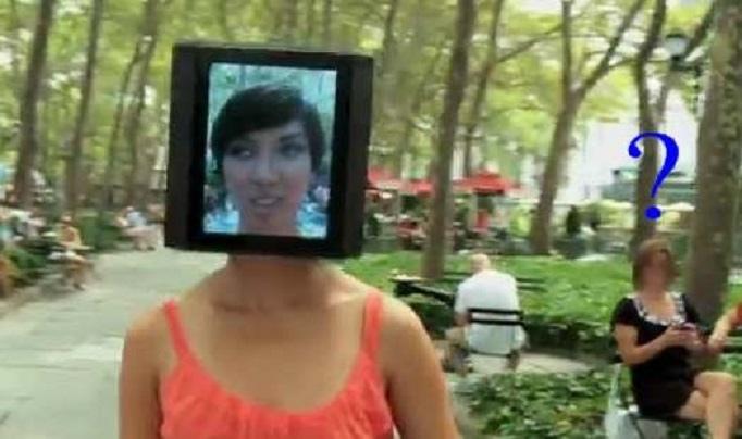 「iPad」頭女孩