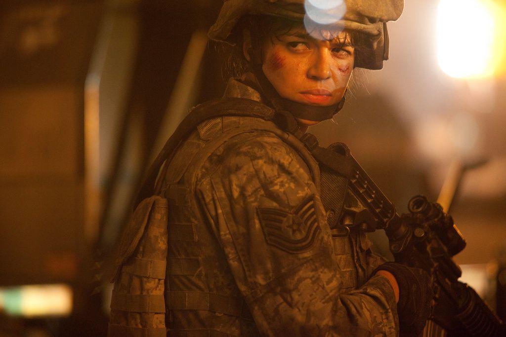 Battle-Los-Angeles-movie-image-2