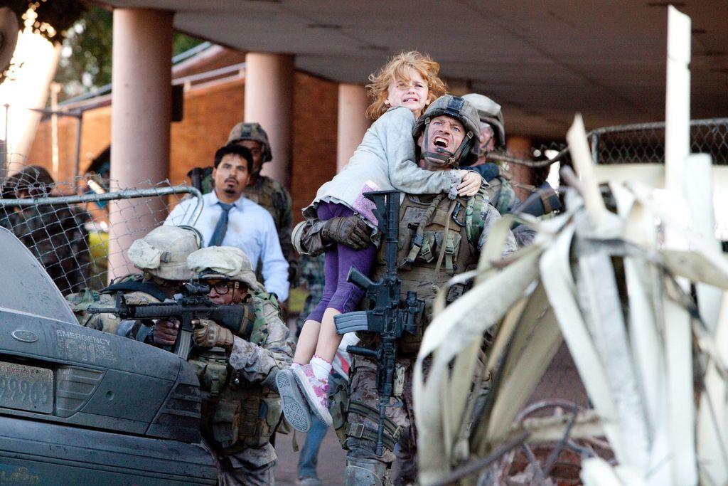 Battle-Los-Angeles-movie-image-6
