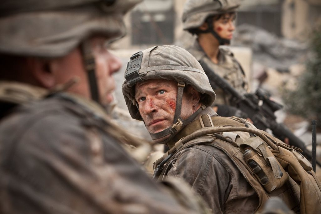 Battle-Los-Angeles-movie-image-3