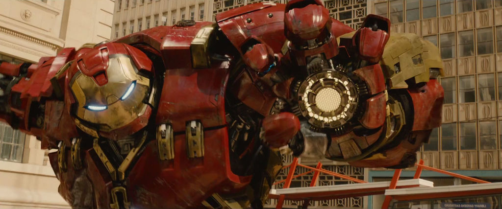 Avengers-Age-of-Ultron-Hulkbuster-Armor