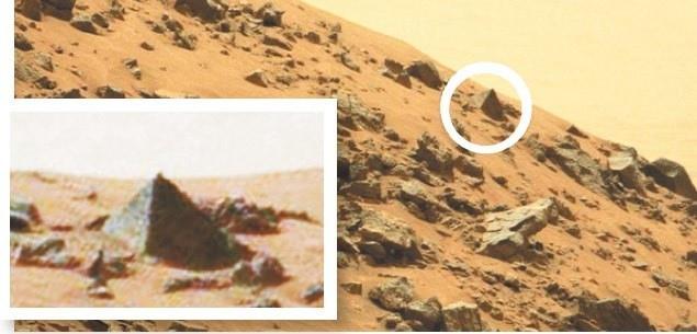 Mars Curiosity Pyramid photo