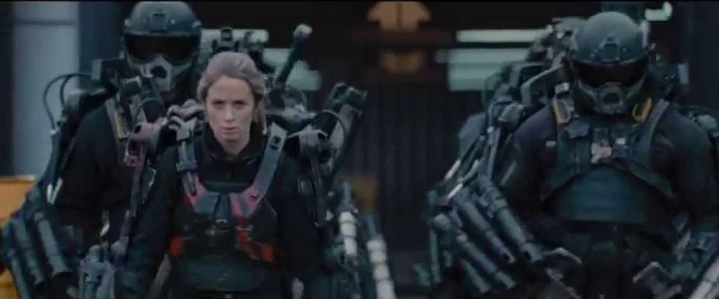 edge-of-tomorrow-exosuit-21
