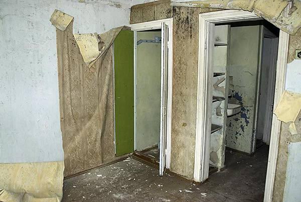 Apartments218