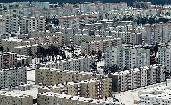 Apartment Block17