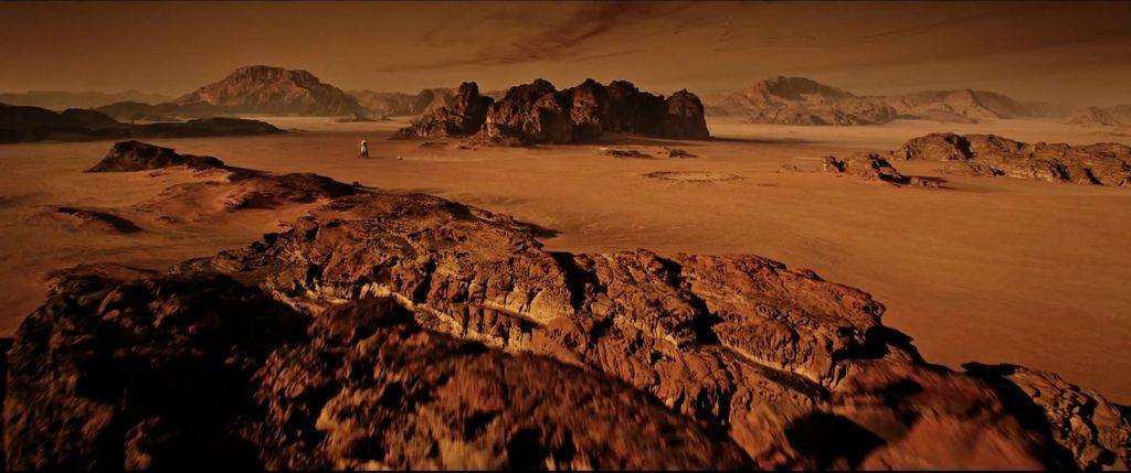 The-Martian-Official-Trailer-2-3