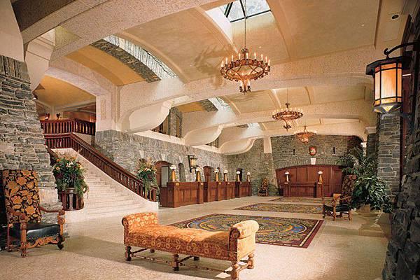 fairmont-banff-springs-lobby_1448