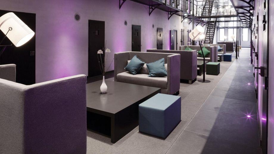 Het_Arresthuis-Roermond-Hall-363