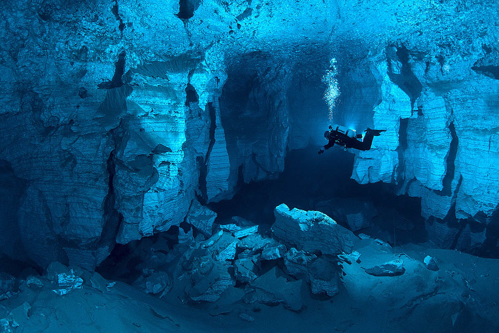 cave12