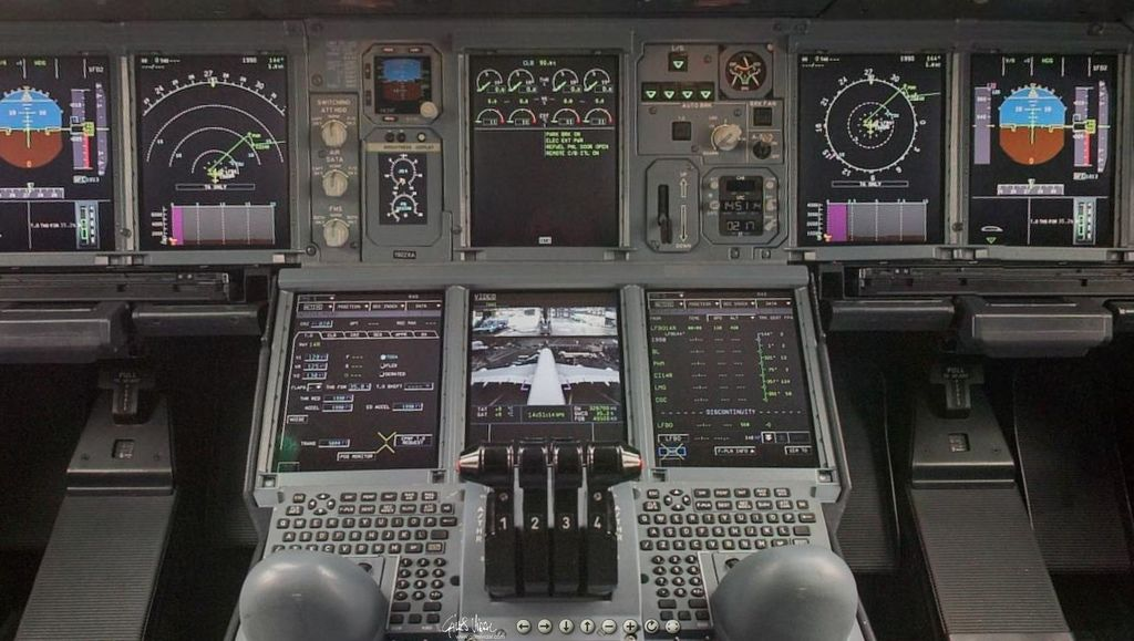 a380 control panel_04