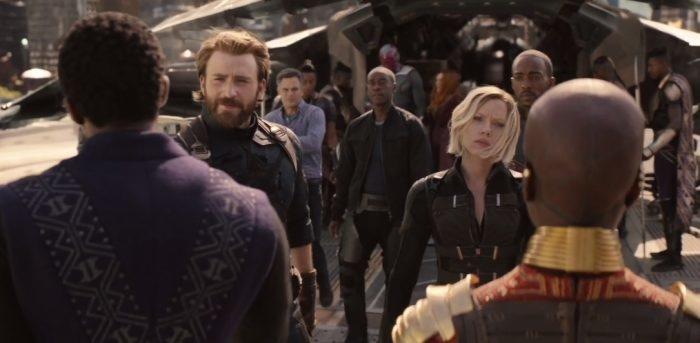 avengers-infinitywar-cap-blackwidow-wakanda-700x343