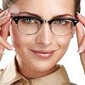 戴眼鏡的人真的比較聰明嗎