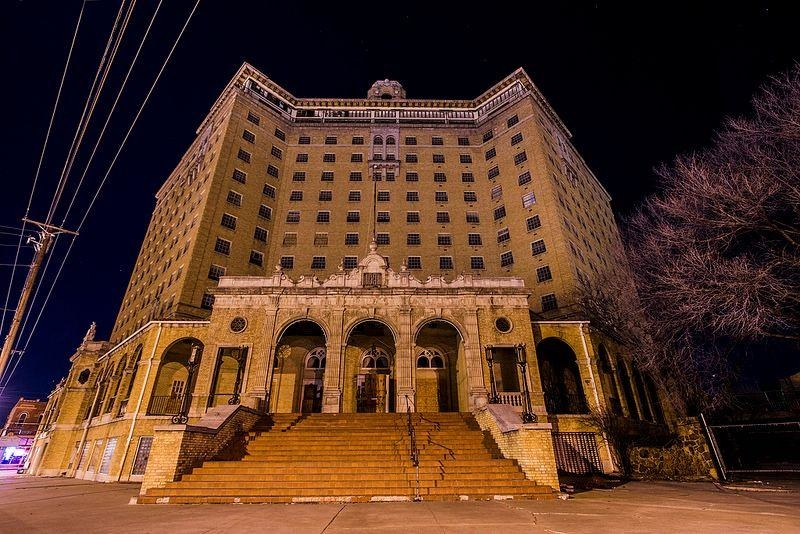 baker-hotel-in-mineral-wells-texas