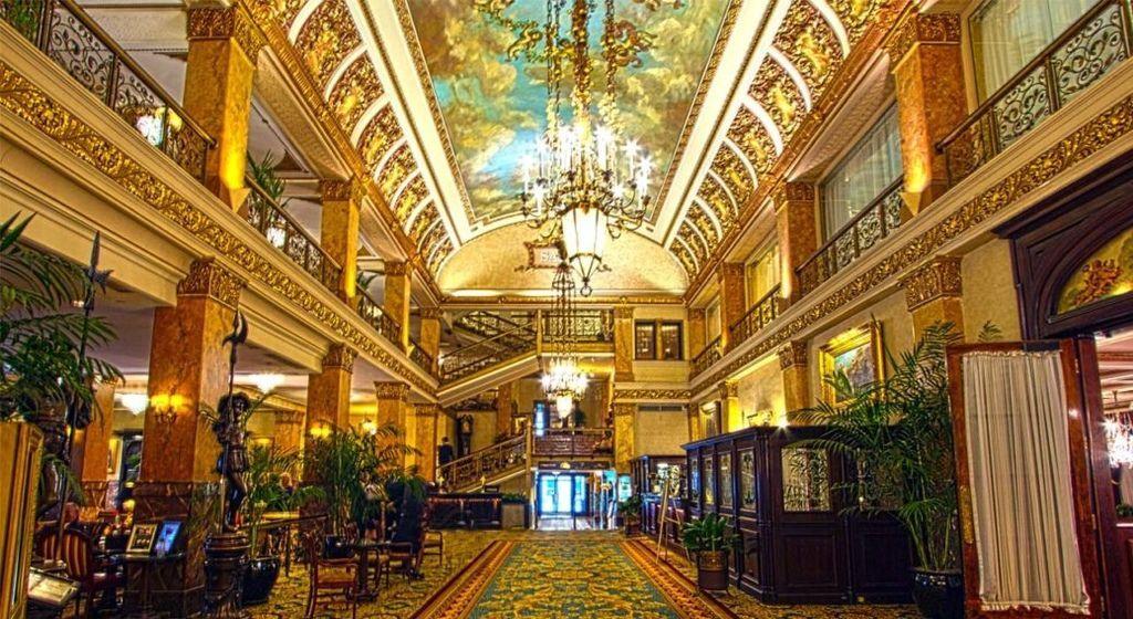 pfister-hotel-milwaukee-ghost-story