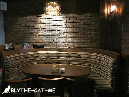 eating time (4).JPG