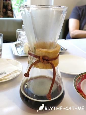 R9 CAFE (16).JPG
