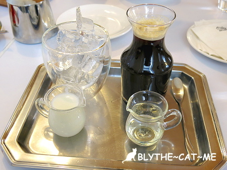 R9 CAFE (19).JPG