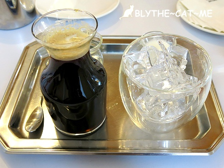 R9 CAFE (21).JPG