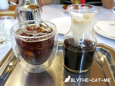 R9 CAFE (22).JPG