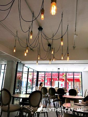 September cafe (38).JPG